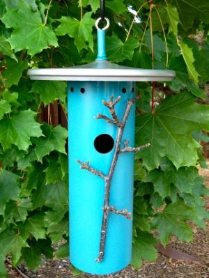 Small Bird House 18BH