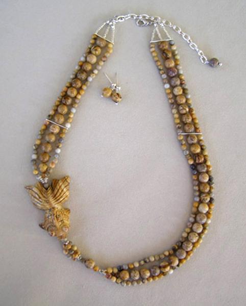 JMO-J-049--Necklace